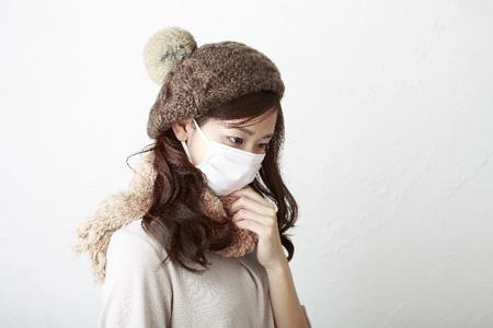 風邪もすぐ治っちゃう?貼る場所によって効果が違う【カイロ裏技】