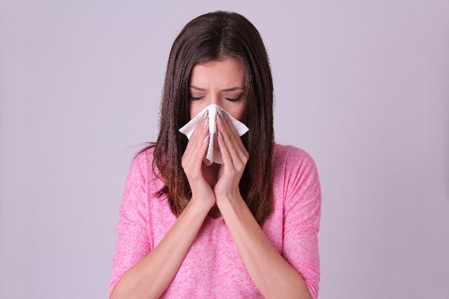 花粉症・風邪にも!鼻づまりをあっという間に解消するスゴ技まとめ