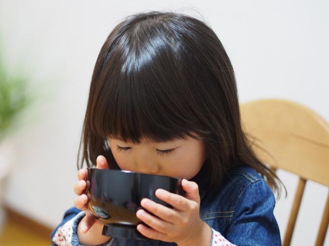 減塩でむくみやダイエットにも効果アリ◎だし汁で和のある生活に!